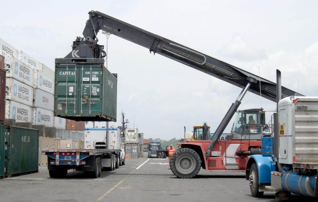 Aquitaine-containers: porteur de container